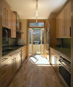 1000 images about galley kitchens on pinterest galley for Corridor galley kitchen