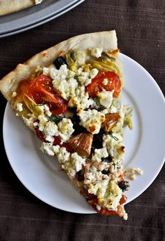 Greek pizza **Wow, this was amazing! I used a tube of Pillsbury pizza dough instead. I Love Food, Good Food, Yummy Food, Healthy Food, Healthy Pizza, Breakfast Healthy, Health Breakfast, Pizza Recipes, Dinner Recipes