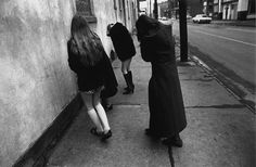 Untitled (Girls Flinching and Hiding Faces), 1972, Mark Cohen
