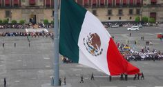 flag day mexico 2017