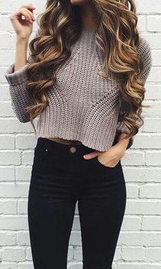 #fashion #fashionable #look #grey #black #sweatshirt