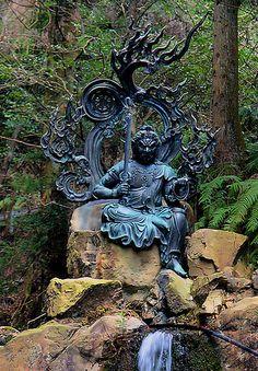 Buddha Sculpture, Sculpture Art, Sculptures, Outdoor Statues, Wood Carving Art, Buddha Art, Indian Festivals, Fantasy Miniatures, Hindu Art
