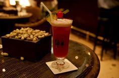 Have a Singapore Sling in Singapore. Blog full of Singapore To Do's