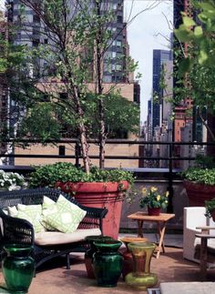 Urban Garden Design - The ideas above can be utilized to make the best atmosphere for a little garden but that doesn't mean why you ought not to use your own ideas. Small garden design ideas aren't simple to… Diy Pergola, Pergola Shade, Pergola Plans, Pergola Ideas, Terrace Ideas, Roof Ideas, Metal Pergola, Pergola Kits, Metal Roof