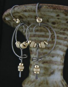 Rock Jewelry, Gemstone Jewelry, Jewelry Gifts, Wire Jewelry, Jewelry Ideas, Jewellery, Bar Stud Earrings, Silver Hoop Earrings, Mixed Metal Jewelry