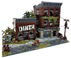 Remember Christophe's The Last of Us? Well he has added an equally delightful dilapidated diner to the model. Once again the toned down color palette and crumbling building details make for a…