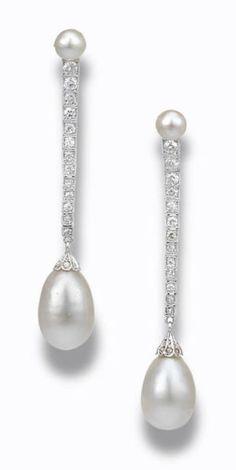 Boucles d'oreilles en platine, diamant et perle de culture