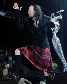 Beat it up Right Ray Luzier, Rat Boy, Show Me Your Love, Jonathan Davis, Turn Blue, Nu Metal, Korn, Great Bands, Metal Bands