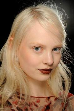 The 5 Fall Makeup Trends to Try Right Now: Bare Lashes