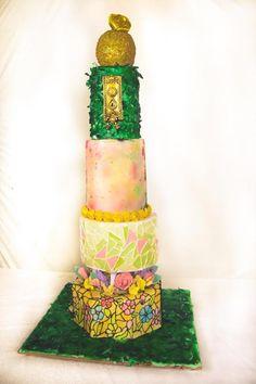 Secret garden wedding cake by Arsh - http://cakesdecor.com/cakes/224077-secret-garden-wedding-cake