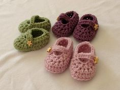 How to crochet easy baby Mary Jane shoes - booties. slippers for beginners