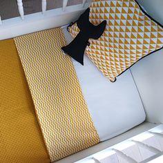Ledikant deken zigzag oker geel ANNIdesign sfeer