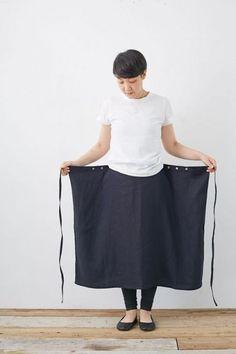 Diy Couture Foulard Tie Skirt Fashion Pants Sewing Clothes Clothes Crafts D Fashion Pants, Diy Fashion, Ideias Fashion, Fashion Clothes, Clothes Crafts, Sewing Clothes, Dress Clothes, Vetements Clothing, Maxi Skirt Tutorial