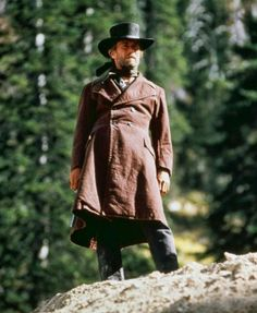 Clint Eastwood in Pale Rider Clint Eastwood, Eastwood Movies, Western Film, Western Movies, Western Cowboy, Peliculas Western, Cowboy Films, Pale Rider, Westerns