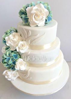 Blue Hydrangeas & White Roses Wedding Cake