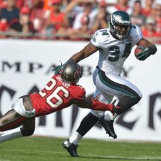 2013 Week 6: 10/13 #Eagles fly south to take on the #Buccaneers.
