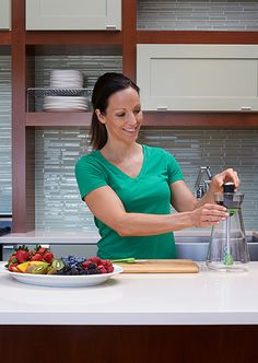 Zing54 Fruit Infuser Carafe Z54 How to use 1.