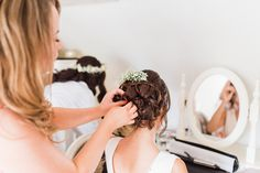 Bridesmaid hairstyles Bee Cakes, Glorious Days, Bridesmaid Hairstyles, Outdoor Ceremony, Things To Think About, Hair Beauty, Hair Styles, Beautiful, Bridesmaids Hairstyles Up
