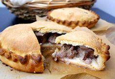 Le impanate di agnello sono una specialità pasquale della tradizione gastronomica ragusana.