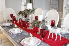 Seven Gorgeous Christmas Tablescape Ideas - Summer Adams Christmas Dining Table, Christmas Table Centerpieces, Christmas Table Settings, Christmas Tablescapes, Diy Centerpieces, Blue Christmas Decor, Christmas Home, Christmas Crafts, Christmas Decorations