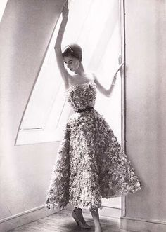 Dior Haute Couture, Spring 1949. Photo by Lillian Bassman.