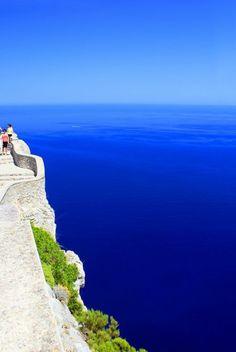 une vue paradisiaque vers le mer, les plus beaux lieux à visiter en majorque