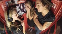 They're so lucky, I would definitely be the girl on the right, I would completely freak out