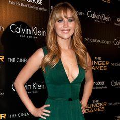 2013 Oscar Nominations - Love Jennifer Lawrence. Diggin' the green.
