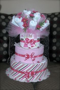 Diaper cake and diaper bouquet all in one!