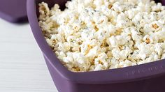 Family-Sized Popcorn made in a steamer of all things! Lunch Snacks, Healthy Snacks, Healthy Eating, Popcorn Recipes, Snack Recipes, Great Recipes, Favorite Recipes, Delicious Recipes, Epicure Steamer