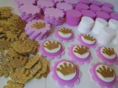 Birthday Cake Princess Crown Baby Shower 44 Ideas - Birthday Parties - Baby Tips Best Baby Shower Gifts, Baby Shower Cakes, Baby Shower Parties, Baby Shower Souvenirs, Baby Shower Princess, Princess Birthday, Girl Themes, Baby Shower Centerpieces, 1st Birthdays