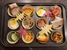 Afbeelding kan het volgende bevatten: eten Crackers, Donuts, School, Desserts, Food, Frost Donuts, Tailgate Desserts, Pretzels, Deserts