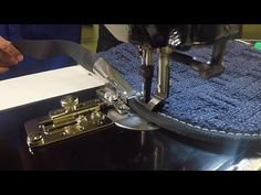 "Sailrite® 1-1/4"" Swing-Away Straight Binder Demo - YouTube"