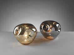 LAMPADE 70S      lampade '70s' in vetro specchiato da tavolo. disponibili in due finiture  dimensione: diam. 25x24  colori: cromo, oro