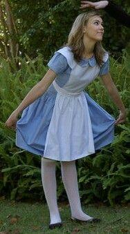 Cosplay Alice In Wonderland, Alice Cosplay, Alice Costume, Wonderland Costumes, Cool Costumes, Adult Costumes, Costumes For Women, Costume Ideas, Halloween Costumes