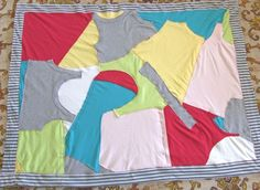 Huge list of t-shirt sewing, rugs, clothes, accessories and more!  Fun T-SHIRT Crafts! Recycling | Fashion | Sewing