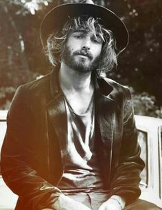 Angus Stone has announced a national tour on the same day his sophomore, Broken Brights, is released. The one half of Angus & Julia Stone will play a couple of 'warm up' shows prior to the tour, with… Angus Stone, Angus & Julia Stone, Moustaches, Beautiful Men, Beautiful People, Beautiful Things, Et Tattoo, Portraits, Raining Men