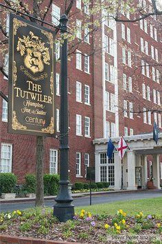 Tutwiler Hotel - Birmingham, AL Haunted America, Magic City, Birmingham Alabama, Sweet Home Alabama, Travel Photography, Diy Food, Barns, Garden Art, Architecture Design