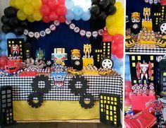 Transformers party / festa infantil tellastella / Tella S Tella Transformers Birthday Parties, 6th Birthday Parties, Teen Party Themes, Party Ideas, Bumble Bee Cake, Transformer Birthday, Mickey Birthday, Gold Party, Childrens Party