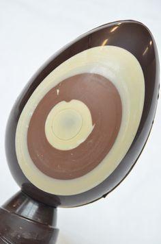 """""""A me gli occhi, please"""". Uovo di Pasqua ai tre Cioccolati."""