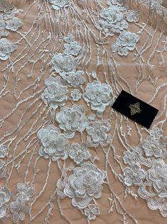 • Culoare: Ivory • Aplicatii: Flori 3D, Perle Sidefate si Paiete • Latime: aproximativ 140 cm Bridal, Model, Bead, Scale Model, Bride, Models, Template, The Bride