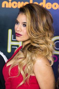 Dinah at the 2014 Nickelodeon HALO Awards