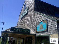 Water-front restaurants on Oregon coast