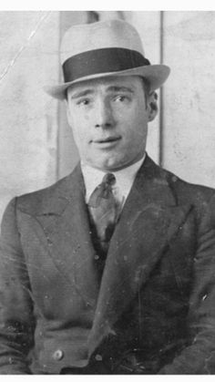 Charles Kray senior, father of Charlie, Ronnie and Reggie Gangster Style, Real Gangster, The Krays, Identical Twins, Twin Brothers, Gangsters, Mafia, Crime, Marmite