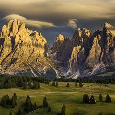 2048x2048 Papéis de Parede de Alpe di Siusi, Itália, natureza, montanhas, dolomites