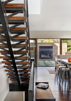 33rd Avenue House by Meridian 105