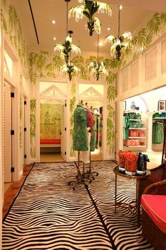 Lily dressing rooms- love the patterns Boutique Interior, Boutique Design, Boutique Ideas, Boutique Store Displays, Paige Smith, Building Signs, Visual Merchandising, Lilly Pulitzer, My House
