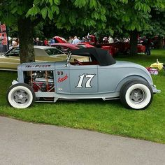 Classic Hot Rod, Classic Cars, Hot Rods, Chevy Ssr, 1932 Ford Roadster, Traditional Hot Rod, T Bucket, Hot Rod Trucks, Sweet Cars