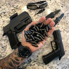 Airsoft Guns for sale at wholesale prices. Buy electric airsoft guns, gas airsoft pistols and rifles in bulk at the cheapest rates. Avail extra OFF with already less prices. Airsoft Guns, Weapons Guns, Guns And Ammo, Zombie Weapons, Armas Wallpaper, Armas Ninja, Jesse James, Edc Everyday Carry, Custom Guns