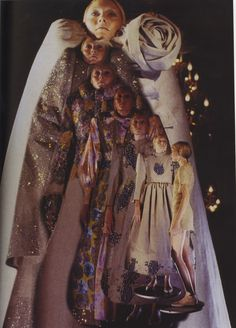 Viktor and Rolf FW 2008 Inception of figurings. A very interesting piece.
